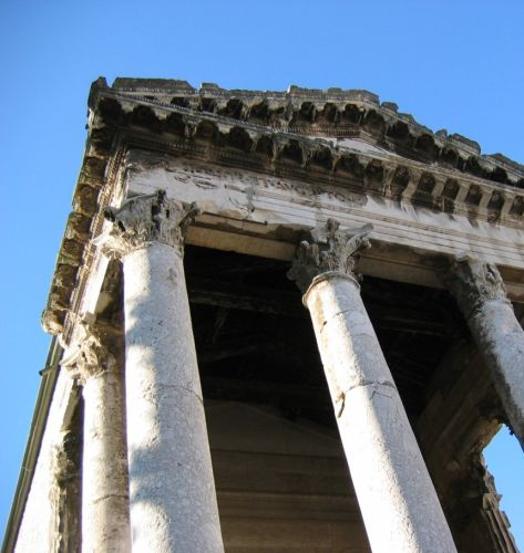 Temple of Augustus - Pula